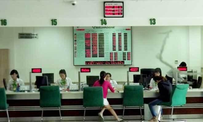Mở thẻ Atm Vietcombank tại quầy giao dịch